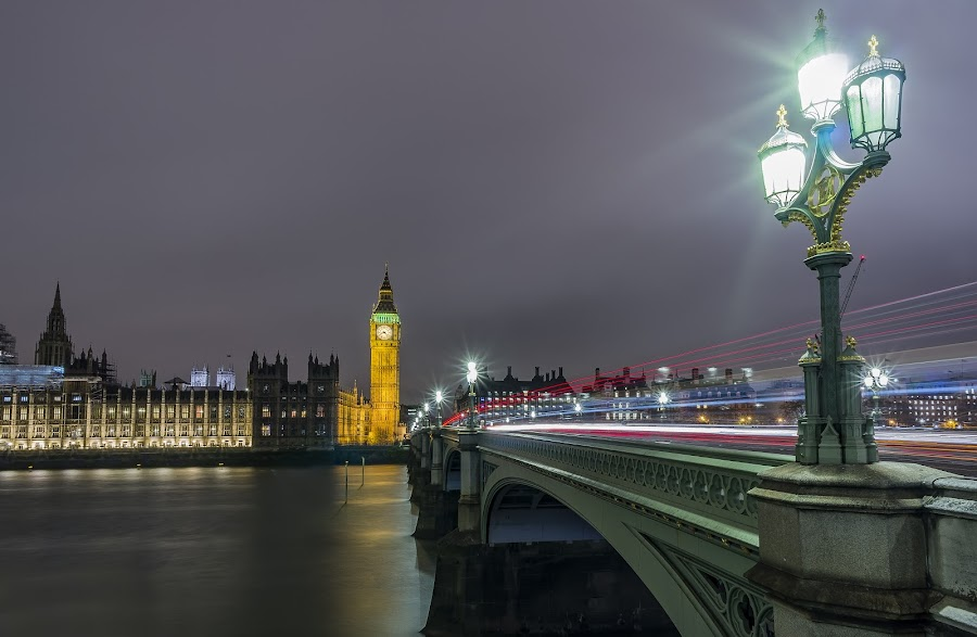 Big Ben and the Westminster bridge by Zisimos Zizos - Buildings & Architecture Bridges & Suspended Structures ( thames, night photography, london, big ben and the westminster bridge, long exposure, bridge, big ben, river, nightscape )