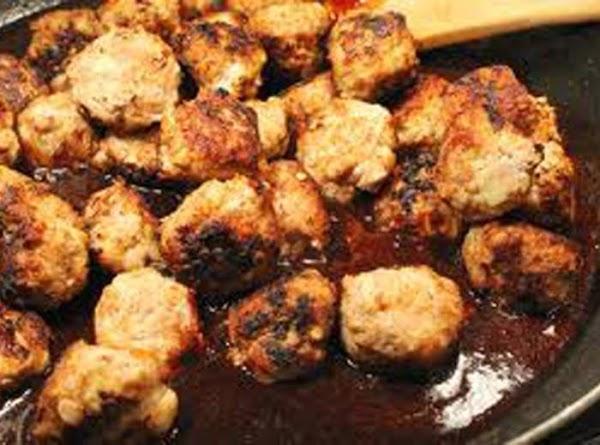 Pinot Noir & Cranberry Meatballs Recipe