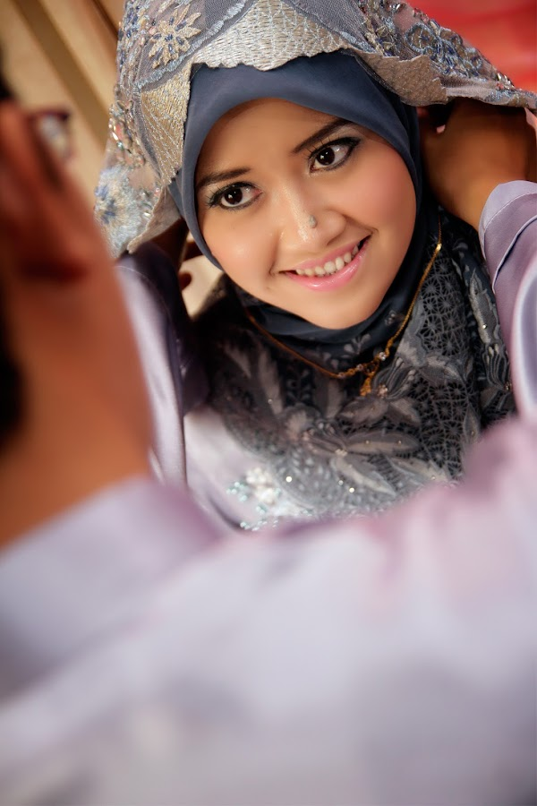 I'm happy be your wife by Click Nazreen Lens Emotions - Wedding Bride ( love, wedding, happy, moment, sweet moment, bride )
