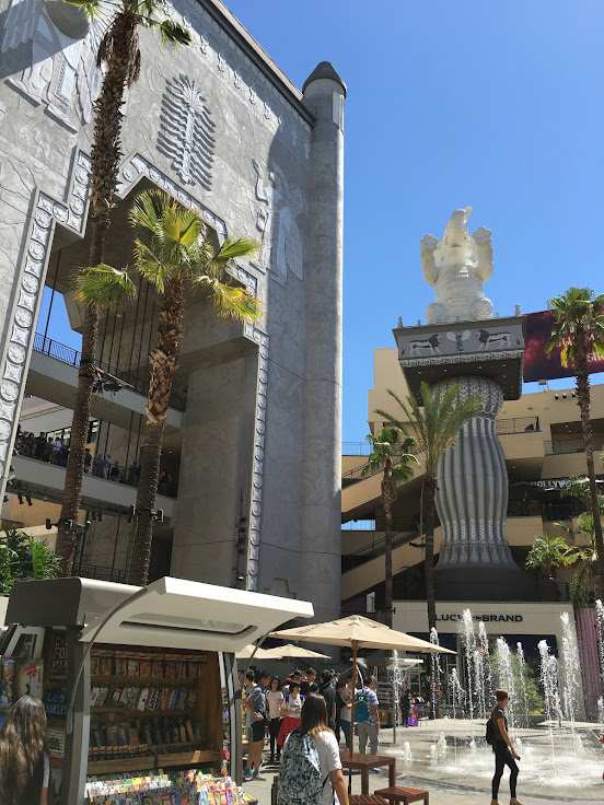 The courtyard of the Hollywood & Highland Center.