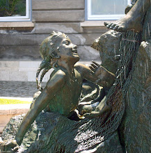 Photo: Fragment fontanny Chłopiec z rybą na zamku królewskim w Budapeszcie
