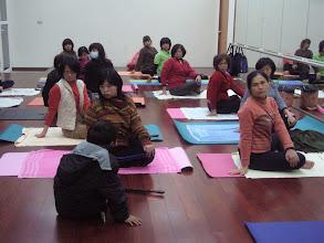 Photo: 20110325身心靈健康瑜珈006