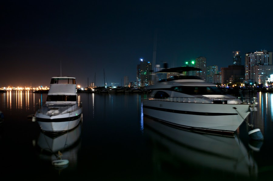 Harbour View at Manila  by Dj Hostalero - Transportation Boats ( djmaculet, yacht club, boat, manila )