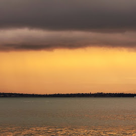 by Graeme Hunter - Landscapes Sunsets & Sunrises