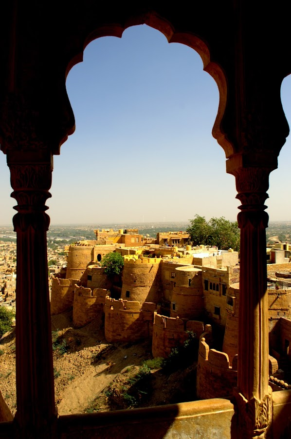 The Jaisalmer Fort by Shubhi Tyagi - Artistic Objects Other Objects ( history, arch, india, fort, architecture )