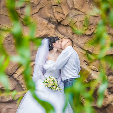 Wedding photographer Alena Suslova (AlSuslova). Photo of 03.08.2014