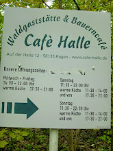Photo: Informationstafel von Café Halle.