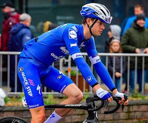 Renner van Deceuninck-Quick.Step dreigt stage te missen door reisproblemen