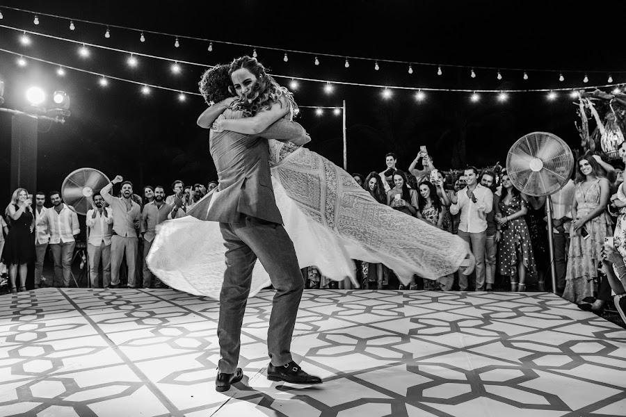 Wedding photographer Jean pierre Michaud (acapierre). Photo of 02.12.2019