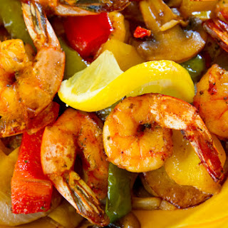10-Minute Shrimp Fajitas Recipe
