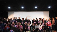 Foto de familia con participantes, ganadores y Gobierno local.