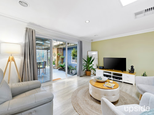 Photo of property at 27 Fig Court, Cranbourne North 3977