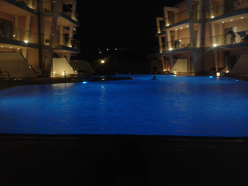 nuotata nottirna di tiz