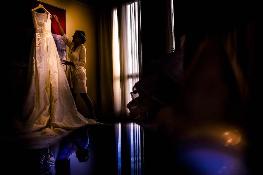 Wedding photographer Olmo Del valle (olmodelvalle). Photo of 25.02.2016