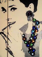 """Photo: Colazione da Tiffany (Breakfast at Tiffany's)  2 tele 20x60cm  Soggetto realizzato con stencil fatto a mano, colori acrilici spray, strass Swarovski grandi (tutti cuciti a mano), strass di cristallo, strass di resina, bottone di resina, brillantini rossi e """"gocce di vetro"""" su tela.  Subject made with handmade stencil with spray acrylic colours, large Swarovski rhinestones (all hand-sewn), crystal rhinestones, resin strass, resin button, red glitters and """"glass drops"""" on canvas.  DISPONIBILE  Per informazioni e prezzi: manualedelrisveglio@gmail.com"""