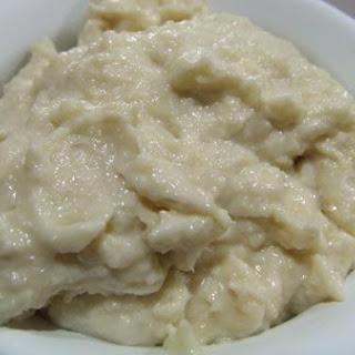 Raw Cashew Cream Cheese Dip.