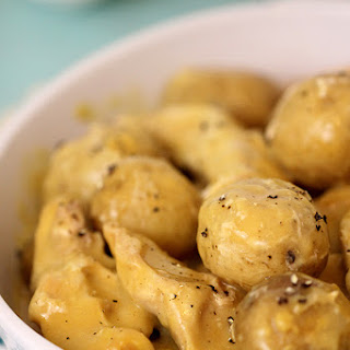 Chicken and Potatoes Slow Cooker Recipe