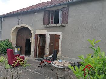 maison à Villars-le-Pautel (70)