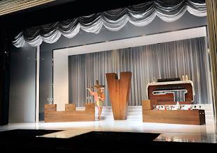 Photo: LA CAGE AUX FOLLES von Jerry Herman in den Wiener Kammerspielen der Josefstadt. Premiere 10.9.2015. Inszenierung: Werner Sobotka. Martin Niedermair. Copyright: Barbara Zeininger