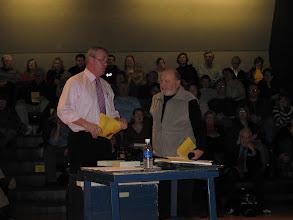 "Photo: Bill Tilton honors Ken Tilsen, ""Minnesota 8"" trial attorney"