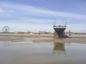 Photo: One of the lowest tides possible leaves the pier end high and dry.