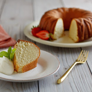 Scandinavian Almond Cake.