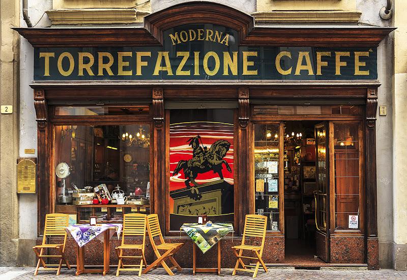 Let's meet at our cafè di VILLA MARIO