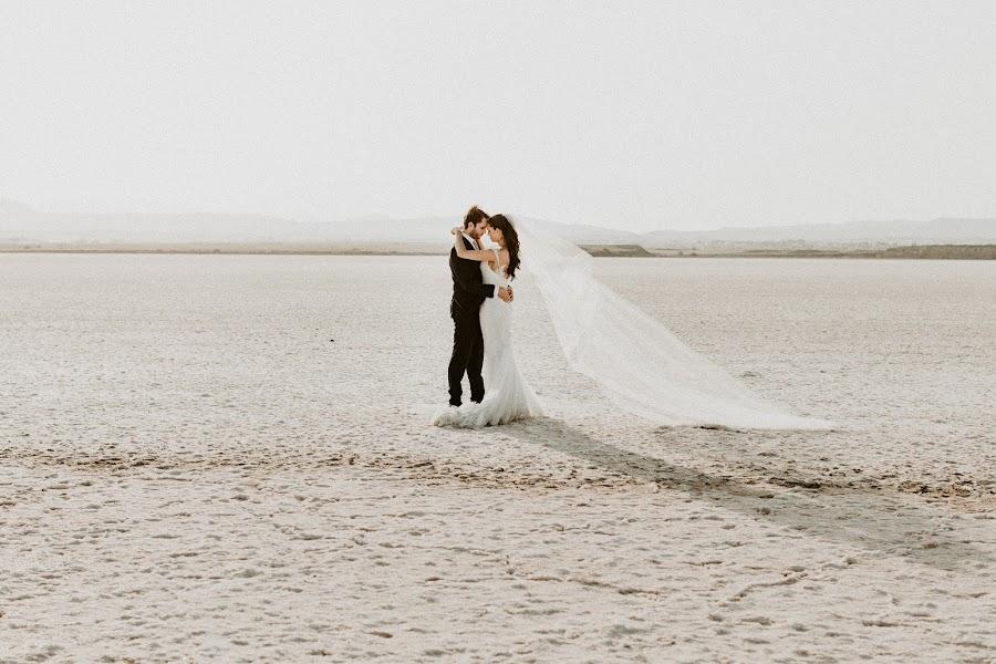 Bröllopsfotograf Karina Leonenko (KarinaLeonenko). Foto av 20.03.2019