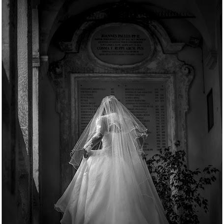 Wedding photographer Antonio Antoniozzi (antonioantonioz). Photo of 16.02.2018