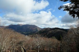 比婆山から霊仙山を望む