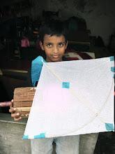 Photo: a kite boy of Bangladesh たこ