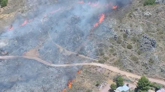 Extinguido el incendio forestal declarado en Enix