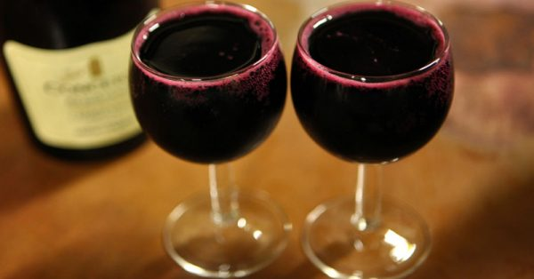 Drinking Wine May Help You Live Over 90 Years!