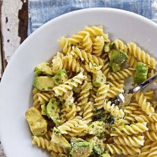 Super Simple Avocado Pasta Salad