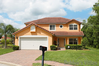 Orlando villa, minutes to Disney, private pool, lake view