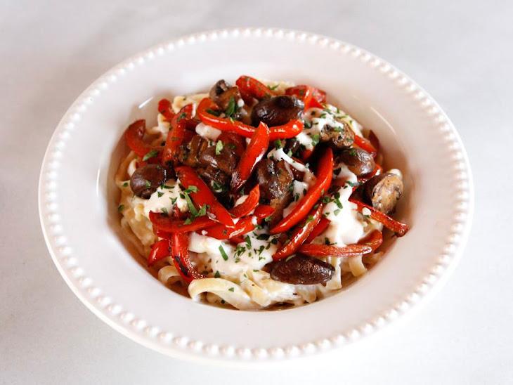 Mushroom Pepper Pasta with Feta Goat Cheese Sauce Recipe