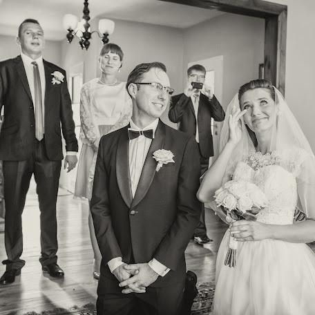 Wedding photographer Światło i Emocje (swiatloiemocje). Photo of 02.01.2016