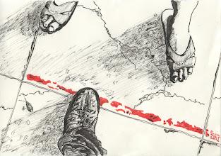 Photo: 界限2012.08.05鋼筆+繪毛筆 這張圖正可說明獄吏和人犯之間的關係: 紅線代表著底線,彼此互有進退消長,日子一久這底線就會越來越模糊,因此不時要重新畫過,重新確認。 人犯兩隻腳,獄吏一隻腳,意謂著雙方人數的多寡;再者,沒有人犯,獄吏只能唱獨腳戲。 人犯腳底下的裂痕代表著犯罪人的影響力及價值觀,它正漸漸滲入獄吏的的足下。 影子代表彼此內在的陰影,人犯的陰影不時滲透著,即使獄吏有意識地踩著它,自己的陰影卻也跟著消長。 格線代表著法律,不僅人犯在法律邊緣游走,就連獄吏值勤也常有適法性的問題;磨石子地板的小石子是監所多如牛毛又沒什鳥用的行政命令。這說的正是監所人治重於法治的現況。 小強?喔!那隻死蟑螂啊!就是有人要是幹齷齪勾當,就會死得很難看!