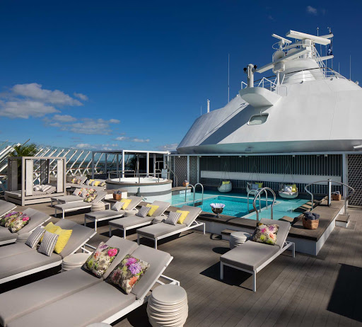 celebrity-edge-Retreat-Sundeck.jpg - At the Retreat on Celebrity Edge, you'll find a blissful oasis with a private pool, sun deck, butler service and an exclusive restaurant.
