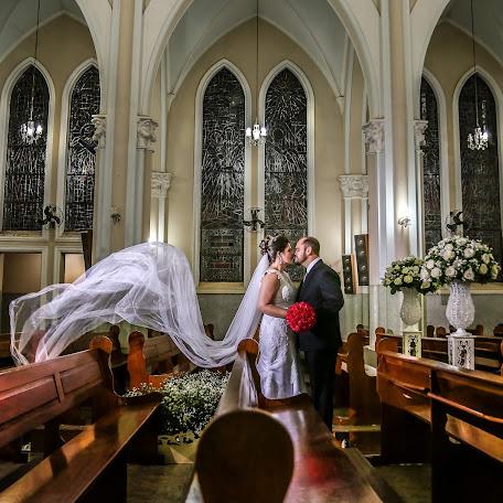 Wedding photographer Giu Morais (giumorais). Photo of 18.01.2018