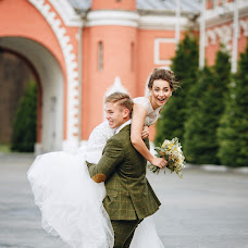 Wedding photographer Marina Zabolotskaya (marinaz8). Photo of 21.10.2016
