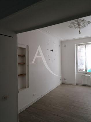 Location studio 34,4 m2