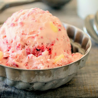 Raspberry White Chocolate Chip Ice Cream
