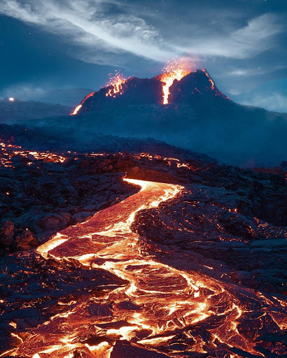 French Photographer Stéphane Ridard Captures Stunning Video Of The Erupting Fagradalsfjall Volcano In Iceland
