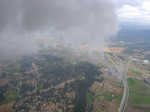 Photo: Village de la Cadière pris à 1000m au nuage