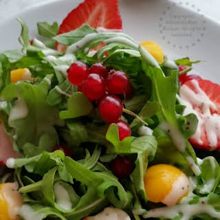 Arugula Salad with Seasonal Fruits #FoodieBeMine.