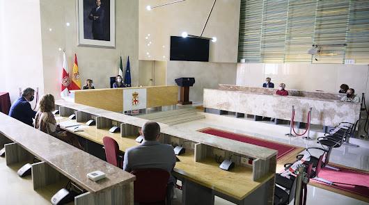 """Ayuntamiento y agricultores van """"de la mano y con todas las garantías"""""""