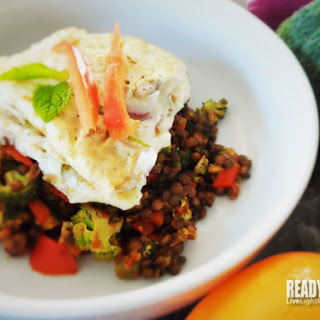 Egg White Omelet on Barbecue Pepper Lentils