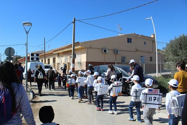 Desfile de Carnaval en Pozo de la Higuera.