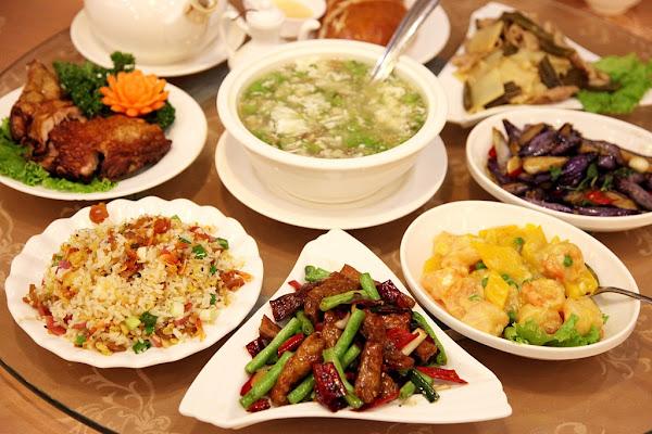 台南東區-美食濃園滿漢餐廳~高貴卻不貴的華麗環境享受一道道美味佳餚